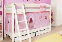 Betten für die Kleinen / Tolle Spielbetten mit Rutsche und Leiter für kleine Ritter und Prinzessinnen. Ein Traum in jedem Kinderzimmer.