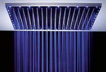 Soffioni doccia SPA / Vuoi trasformare il tuo bagno in una vera spa? Eccoti i soffioni con getti e cascata e cromoterapia http://goo.gl/ZA9ydr