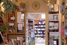 Bookshops.Идеи дизайна книжных магазинов