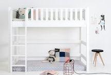 Kinderbetten / Etagenbetten / IKEA Kura / Zwei Kinder in einem Kinderzimmer? Ein Hochbett schafft Platz zum schlafen für beide, ohne zu viel Raum in Anspruch zu nehmen. Und Kura von IKEA lässt sich prima wandeln und dekorieren!