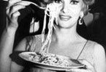 Keep calm and eat pasta italiana ! / Celebrity love spaghetti !