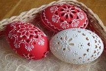 Carved eggs / easter eggs