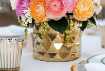 you want a centerpiece of me? / Ideas & inspiration for centerpieces. / by Pretty Little Showers
