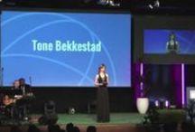 Tone TV / Här kan du se klipp från några av mina moderator-, konferencier- och föreläsningsuppdrag, ett roligt klipp från TV4, samt ett par reklamjobb.