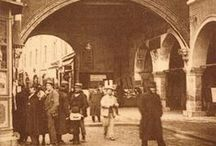 Memories of Ravenna / How we were: a journey through old photographs and traditions of the city.