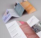 Bayerische Staatsbibliothek | FAMI Flyer / Junge Erwachsene sollen auf den Beruf des Fachangestellten für Medien- und Informationsdienste (kurz FAMI)  aufmerksam gemacht werden. Um die Vielschichtigkeit des Berufes zu unterstreichen wurde ein Keyvisual entwickelt, das aus verschiedenen Testimonials besteht, die wiederum diverse Berufe verkörpern.