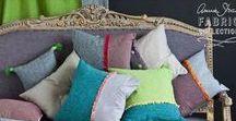 """Stoffe """"Coloured Linens"""" von Annie Sloan / Diese wunderschönen Stoffe aus einem Leinen/Baumwollmix kann man sich in unserem Atelier anschauen sowie die vielen kreativen Möglichkeite daraus Kissen und Vorhänge zu nähen. Passend zu den Chalk paints von Annie Sloan"""