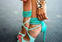 KISSmeMINT Shoe Loves