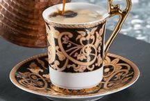 Bir fincan kahve,huzur ve keyf.