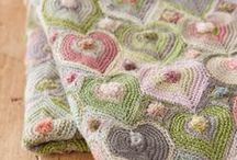 Blankets, afghans, quilts. Knit,crochet and fabric. / dekens