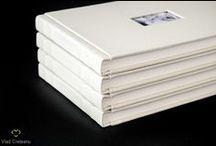 Albume foto / Albume foto cu coperta din piele, lucrate manual, de la macheta digitala personalizata pana la print si procesul de legare asemanator cu cel al unei carti.