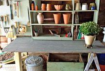 In The Garden - Farmhouse 1820 / Amazing Garden Ideas