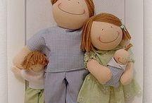 avec des poupées