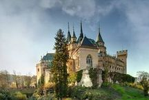 Castles and palaces / beautiful castles and magnificent palaces