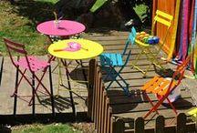 Fermob / Fermob ist ein Hersteller von Outdoor-Möbeln und gestaltet innovative, raffinierte, alltagstaugliche und fröhliche Gartenmöbel, die ein farbenfrohes Leben ermöglichen.