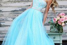 Formal dresses <3