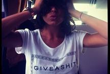 Girls Who Giveashit