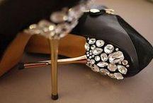 Shoes <3 / by Karla de Valladares