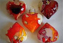 Valentine Craft Ideas / #Valentine #Craft & #Painting #Ideas to warm the #hearts of your #love ones and that you can use your #Student #Artist #Brush Set to make. See our website http://www.handtouchedcrafts.com/products.html