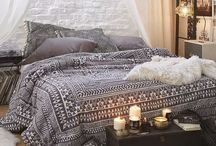 Bedroom ideas / I am constantly looking for creative bedroom ideas, here are some of my favourites:) Ranging from colour schemes to interior design.