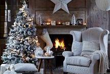 Weihnachten / ...ist das Fest der Liebe. Weihnachten bedeutet für uns süße Leckereien, tolle Dekoration und natürlich das Wichtigste: wunderschöne Geschenke, die das Herz der Liebsten höher schlagen lassen. Diese Pinnwand bietet Euch von allem etwas: tolle Rezepte, süße Deko-Tipps und einzigartige Geschenkideen in Form von Schmuck! Lasst euch inspirieren!