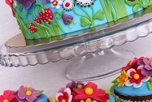 Cupcakes & Cakes We Love
