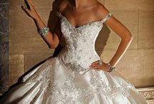 Weddings / by Jeannette Caban