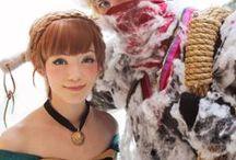 Frozen fan stuffs / It is all about Disney film Frozen, including Elsa, Anna, Hans prince, Snow man fans' favorites.
