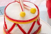 Birthday Cake And Dessert Ideas / Tired of baking the same cakes? Here you will find cake and dessert inspiration for your next birthday party. And don't forget to download the free birthday party invitation app at www.wishme.io t send your amazingly yummy birthday party invitations!