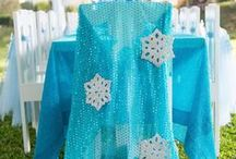 Frozen Birthday Party Ideas / When the newly-crowned Queen Elsa accidentally uses her power to turn things into ice to curse her home in infinite winter, her sister Anna teams up with a mountain man, his playful reindeer, and a snowman to change the weather condition. Make your little lady's Frozen birthday party memorable and find inspiration here! Send a frozen themed birthday party invitation by downloading the Wish Me app at www.wishme.io - Happy celebrating!