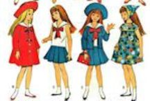 Clothes Patterns to Fit Blythe and Skipper Dolls / This category of doll clothes patterns will fit the smaller teen age dolls such as Blythe, Skipper, and similar small dolls.