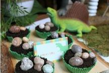 Party Idea's / by Veronica Johnson