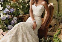 Weddings / by Olivia Tierney