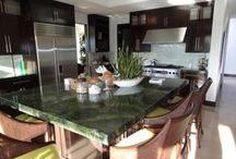 Kitchen countertop replacement and tile flooring / See these great kitchen renovations ideas. We can use Granite, Stone or Tile.