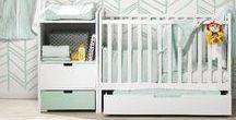 Menthe glacée / Le style menthe glacée est très populaire pour une chambre de bébé. Ce style convient aussi bien pour une chambre de petit garçon que de petite fille. Vous pouvez facilement combiner cette couleur trendy avec d'autres teintes.