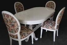 Set Meja Makan / Set Meja Makan dari bahan dasar kayu jati dan mahoni, berbagai model mulai dari minimalis, modern dan klasik.