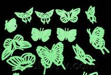 Glow Stickers / Glow stickers are fun for all ages!