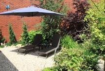 Kleine tuinen / Als fijn hovenier ben ik voornamelijk werkzaam in kleine tuinen in Zuid-Holland. Het is de uitdaging om op een beperkt oppervlak toch een tuin te maken die aan uw wensen voldoet. www.houdijkstijltuinen.nl