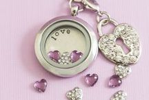 Lockets and Charms / Personalized lockets and charms. A charm for every moment and every story!