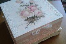 Decoupagem / Forração - complementos com pintura aviamentos tecidos e outras coisinhas