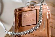 Mi pasión / Les muestro mi pasión, los viajes y el perfume