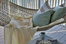 Hanging armchairs, sofas, hammocks