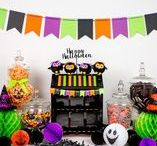 Halloween Party Ideas / We love Halloween! Find inspiration for your next Halloween party using one of these fun ideas including games, signs, cakes, decorations, party foods and favors. See more party & DIY ideas at PartyographyByAlli.com!