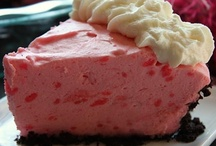 Pie & Cheesecake / Pie recipes, cheesecake recipes #pies #cheesecakes