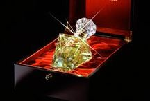 Perfumes ♔ Eau de Parfums / by ItalianHeat