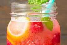 MOCKTAILS / Delicious non alcoholic beverages the whole family will enjoy
