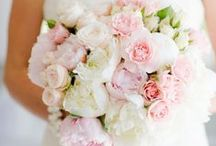 Bridal Party Flowers // Ideas and Inspiration