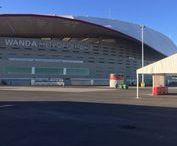 En el previo del Wanda Metropolitano el 18/11/2017 / Animando en el previo al partido Real Madrid-Atlético Madrid en el Wanda Metropolitano