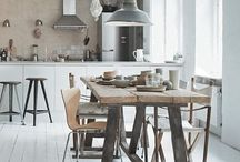// HOME - DINING ROOM