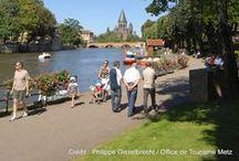 Le long de la Moselle / Vues prises le long de la Moselle à Metz